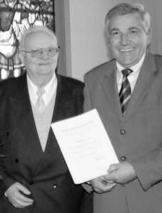Bundesverdienstkreuz Bruno Hake